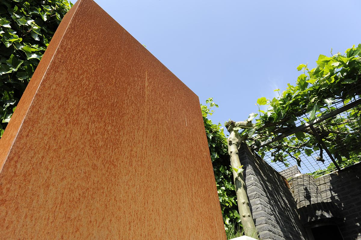 Cortenstaal in de tuin een architectonisch tintje bindels tuinen