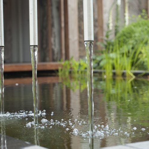 Vijver, rustgevend water in de tuin