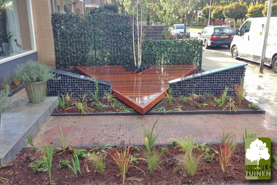Kleine voortuin nijmegen bindels tuinen for Ideeen voortuin
