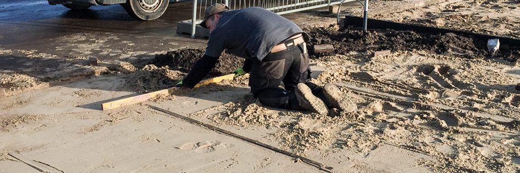Een rond terras met klinkers aanleggen hoe doe je dat bindels tuinen for Maak een overdekt terras