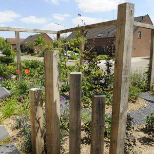 tuinvoorbeelden kleine voortuin